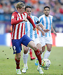 Atletico de Madrid's Fernando Torres (l) and Malaga CF's Weligton Robson during La Liga match. April 23,2016. (ALTERPHOTOS/Acero)