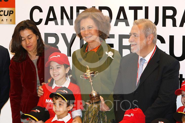 Madrid, (19/01/11).- S.M. La Reina de Espana, Da. Sofia de Grecia, inaugura la Feria Internacional de Turismo FITUR...©Alex Cid-Fuentes/ALFAQUI..