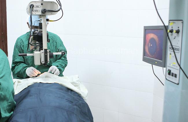 Dr. Do Seiha performs cataract surgery on Vabun Eng's right eye at Preah Ang Duong Hospital in Phnom Penh, Cambodia.