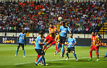 Jordan's Al-Faisaly players and Tunis Esperance players compete during the Arab Club championship final match in Alexandria Stadium on August 6, 2017. Photo by Stringer