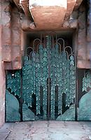 Lloyd Wright: Sowden House, Entrance.  Photo '82.