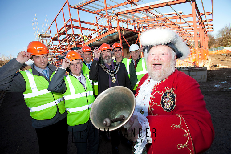 18.01.2011 Trowbridge town crier, Lord Mayor and executives of Beard Construction gather to celebrate the continuation of work on Trowbridge Civic Centre. 18.01.2011 Trowbridge town crier Trevor Heeks (front) announces the resumption of Trowbridge Civic Centre building works by Beard construction, ably assisted by (left to right) Beard Project Manager Mark Buckley, Beard Construction Director Marc Bayley, Trowbridge Town Clerk Lance Allen, Trowbridge Mayor Cllr Clive Blackmore, council leader Cllr Bob Price and project manager for project designers Hydrock, David Lawes.