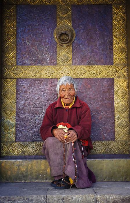 Samteden, 82 year old nun-at Kamsun Yuly Namgyal Monastery, 2008