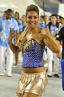 ATENÇÃO EDITOR FOTO EMBARGADA PARA VEÍCULOS INTERNACIONAIS - SÃO PAULO, SP, 01 DE FEVEREIRO DE 2013 - ENSAIO TÉCNICO ÁGUIA DE OURO - Atriz Milena Nogueira durante ensaio técnico da Escola de Samba Águia de Ouro na preparação para o Carnaval 2013. O ensaio foi realizado na noite desta sexta (02) no Sambódromo do Anhembi, zona norte da cidade. FOTO LEVI BIANCO - BRAZIL PHOTO PRESS