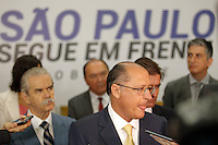 SÃO PAULO,SP, 19.11.2014 - ALCKMIN-SP - Governado Geraldo Alckmin durante lançamento do novo pacote de concessões de rodovias, aeroportos, ônibus intermunicipais e metrô no Palácio dos Bandeirantes, zona sul da cidade de São Paulo, nesta quinta-feira, (19). (Foto: Douglas Pingituro/Brazil Photo Press)