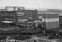 - Genova, l'acciaieria Italsider di Cornigliano nell'aprile 1986 , prenderà la denominazione di ILVA nel 1988 quando Italsider e Finsider saranno messi in liquidazione e scompariranno<br /> <br /> - Genoa Cornigliano, the steel factory Italsider in April 1986, will take the name of ILVA in 1988 when Italsider and Finsider will be placed in liquidation and disappear
