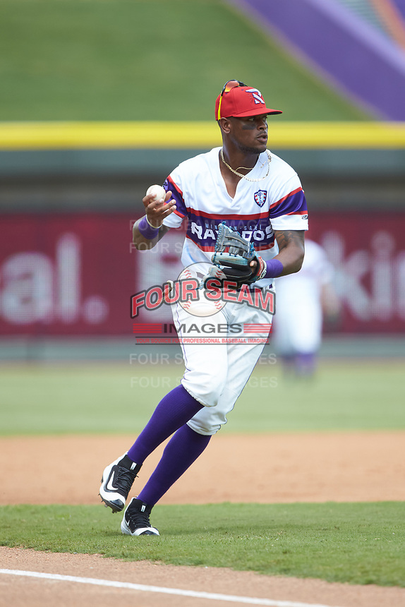 Winston-Salem Rayados third baseman Ti'Quan Forbes (10) fields a ground ball during the game against the Potomac Nationals at BB&T Ballpark on August 12, 2018 in Winston-Salem, North Carolina. The Rayados defeated the Nationals 6-3. (Brian Westerholt/Four Seam Images)