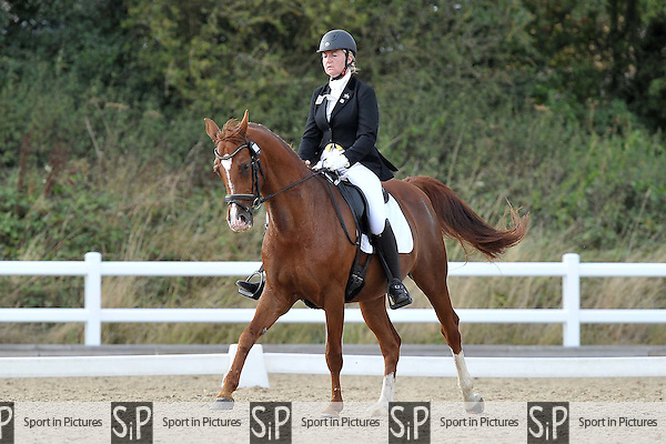 Class 8. British dressage. Brook Farm Training Centre. Essex. 09/09/2016. MANDATORY Credit Garry Bowden/Sportinpictures - NO UNAUTHORISED USE - 07837 394578