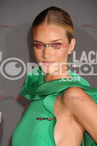 LOS ANGELES, CA - OCTOBER 27: Rosie Huntington-Whiteley arrives at LACMA Art + Film Gala at LACMA on October 27, 2012 in Los Angeles, California.PAP1012JP295.PAP1012JP295. /NortePhoto .<br /> &copy;NortePhoto