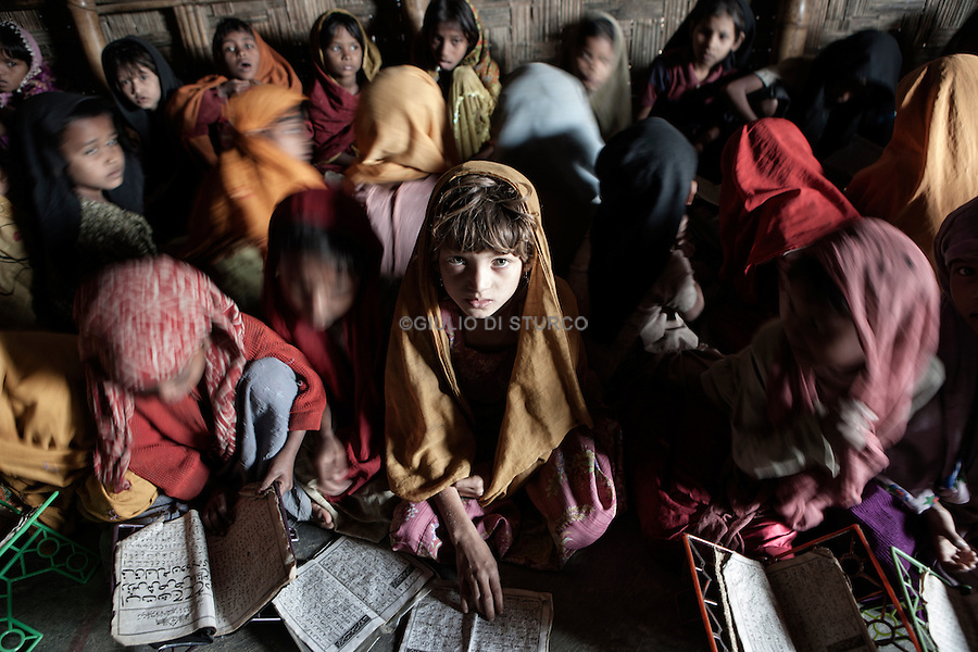 300,000 Rohingya living in the Cox's Bazar district belong to 37,000 families - 20,000 exclusively Rohingya families and 17,000 mixed with Bangladeshi and Rohingyas who married between Bangladeshis and Rohingyas, according to reliable sources in Cox's Bazar District Statistics Office.