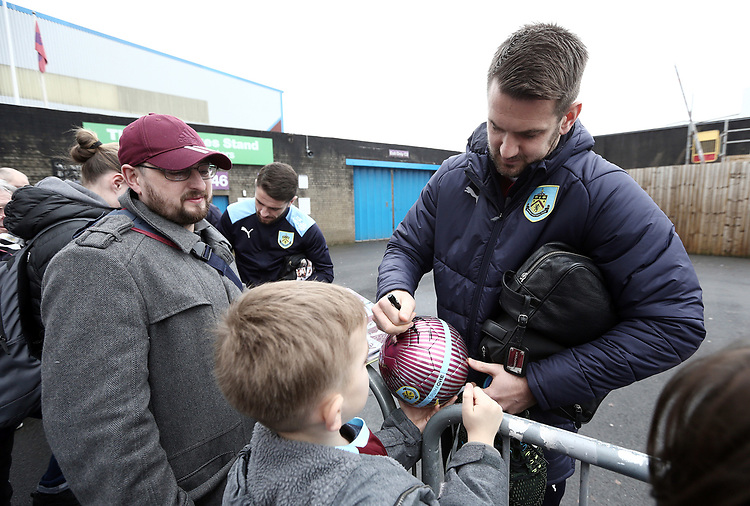 Burnley's Tom Heaton stops to sign autographs for the waiting fans as they arrive at Turf Moor ahead of kick-off,  <br /> <br /> Photographer Rich Linley/CameraSport<br /> <br /> The Premier League - Burnley v Everton - Wednesday 26th December 2018 - Turf Moor - Burnley<br /> <br /> World Copyright © 2018 CameraSport. All rights reserved. 43 Linden Ave. Countesthorpe. Leicester. England. LE8 5PG - Tel: +44 (0) 116 277 4147 - admin@camerasport.com - www.camerasport.com