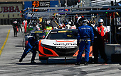 Pirelli World Challenge<br /> Intercontinental GT Challenge California 8 Hours<br /> Mazda Raceway Laguna Seca<br /> Sunday 15 October 2017<br /> Ryan Eversley, Tom Dyer, Dane Cameron, Acura NSX GT3, GT3 Overall pit stop<br /> World Copyright: Richard Dole<br /> LAT Images<br /> ref: Digital Image RD_PWCLS17_325