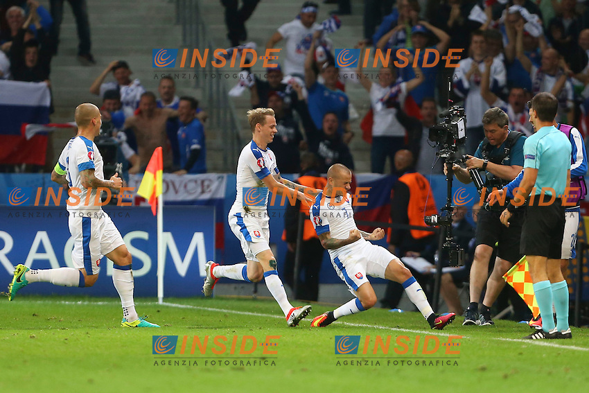 Esultanza Gol Martin Skrtel (Slovaquie) Goal celebration <br /> Lille 15-06-2016 Stade Pierre Mauroy Footballl Euro2016 Russia - Slovakia / Russia - Slovacchia Group Stage Group B. Foto Gwendoline Le Goff / Panoramic / Insidefoto