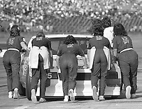 Bill Venturini's all-girl pit crew, ARCA race, Daytona 1986