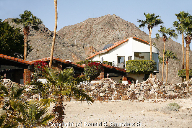 LUXURIOUS MEXICAN HOME w/MOUNAINS in BACKGROUND