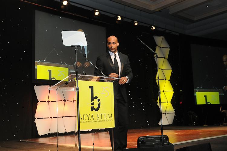 2010 BEYA Gala held in Washington DC sponsored by Chrysler Group LLC, Northrop Grumman and Lookeed Martin.  Professional Image Event Photography by John Drew