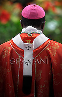 the pallium metropolitan archbishops .Pope Benedict XVI holds a mass and bestows the pallium on 44 new metropolitan archbishops at Saint Peter's Basilica during the feast of Saint Peter and Saint Paul on June 29, 2012