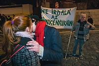 """UNGARN, 11.03.2013. Budapest - I. Bezirk. Am Tag der Verabschiedung des 4. Aenderungspakets zur neuen Verfassung, das effektiv das Ende des Rechtsstaates bedeutet, demonstrieren Studenten und Opposition zu Tausenden auf der Budaer Burg am Amtssitz des Staatspraesidenten János Áder, den sie auffordern, die Aenderung nicht zu unterschreiben. - """"Unterschreib nicht die Diktatur"""".   On the day parliament passes the 4th amendment to the new constitution, effectively eliminating the rule of law, thousands of students and outraged citizens demonstrate on the Buda castle hill close to the residence of state president Janos Ader calling upon him not to sign the amendment. - """"Don't sign dictatorship"""". © Martin Fejer/EST&OST"""