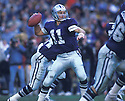 Dallas Cowboys Danny White (11) in action during a game at Texas Stadium in Irving,Texas. Danny White player for the Dallas Cowboys from 1976-1988.