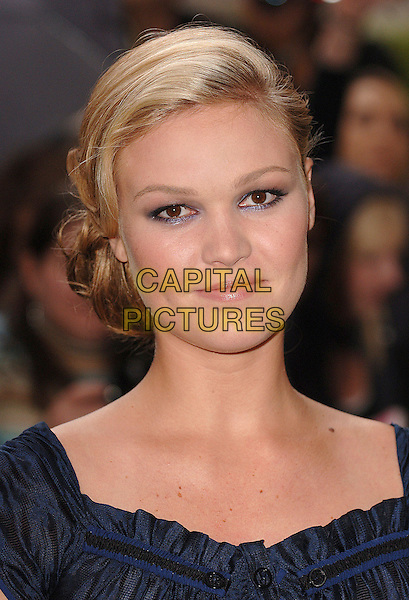 "JULIA STILES.attending the UK premiere of the third chapter in the Jason Bourne saga ""The Bourne Ultimatum"",.Odeon Leicester Square, London,15th August 2007..portrait headshot.CAP/ BEL.©Tom Belcher/Capital Pictures."