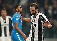 Calcio, Serie A: Juventus Stadium. Torino, Juventus Stadium, 29 ottobre 2016.<br /> Juventus&rsquo; Gonzalo Higuain celebrates after scoring during the Italian Serie A football match between Juventus and Napoli at Turin's Juventus Stadium, 29 October 2016. Juventus won 2-1.<br /> UPDATE IMAGES PRESS/Isabella Bonotto