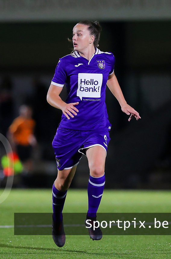 20190920 – LEUVEN, BELGIUM : RSC Anderlecht's Tine De Caigny is pictured during a women soccer game between Dames Oud Heverlee Leuven A and RSC Anderlecht Ladies on the fourth matchday of the Belgian Superleague season 2019-2020 , the Belgian women's football  top division , friday 20 th September 2019 at the Stadion Oud-Heverlee Korbeekdam in Oud Heverlee  , Belgium  .  PHOTO SPORTPIX.BE | SEVIL OKTEM
