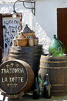 Italy, Calabria, beach resort Protea: Trattoria La Botte (the barrel) at old town