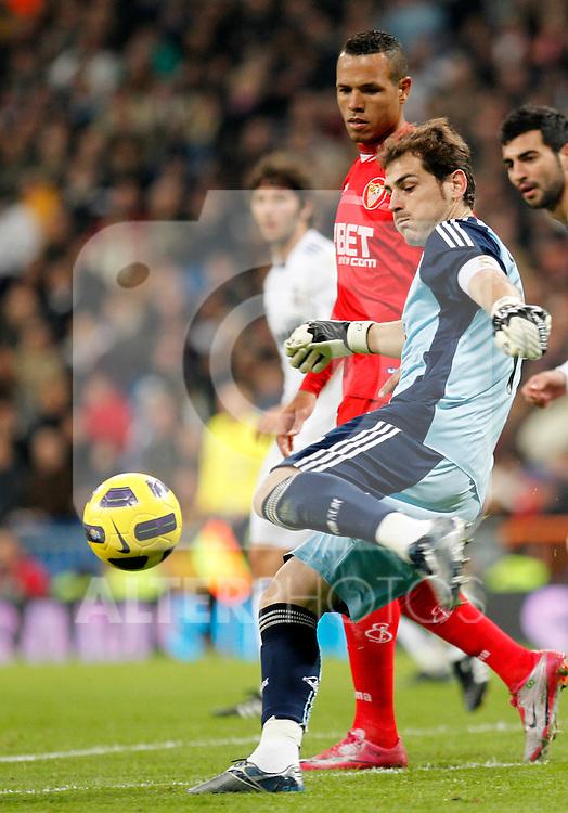 Madrid, (20/12/10).- Estadio Santiago Bernabeu.16ª Jornada del Campeonato Nacional de Liga..Real Madrid 1- Sevilla 0.Iker Casillas...Photo:Alex Cid-Fuentes/ALFAQUI..