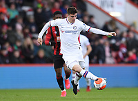 29th February 2020; Vitality Stadium, Bournemouth, Dorset, England; English Premier League Football, Bournemouth Athletic versus Chelsea; Mason Mount of Chelsea controls the ball