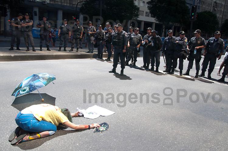 Protestos de 7 de setembro na presidente vargas, centro do Rio de Janeiro, Brasil. setembro 2013.