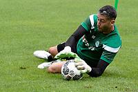 MARIENHOF - Voetbal, Trainingskamp FC Groningen , seizoen 2017-2018, 13-07-2017, FC Groningen doelman Kevin Begois