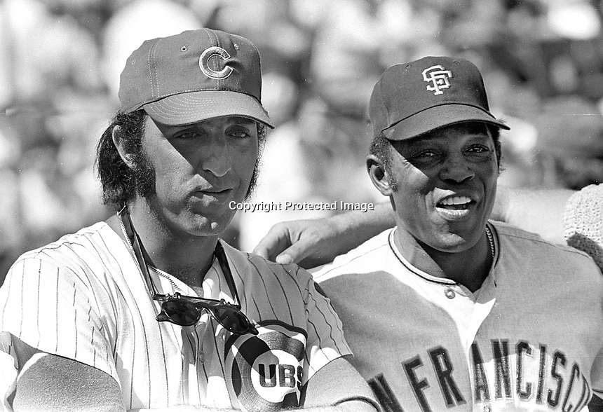 Chicago Cubs Joe Pepitone and Giants Willie Mays..<br />