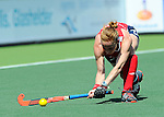 The Hague, Netherlands, June 08: During the first half during the field hockey group match (Women - Group B) between USA and Germany on June 8, 2014 during the World Cup 2014 at GreenFields Stadium in The Hague, Netherlands. Final score 4-1 (1-0) (Photo by Dirk Markgraf / www.265-images.com) *** Local caption *** Lauren Crandall #27 of USA