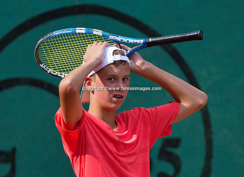 Netherlands, Dordrecht, August 03, 2015, Tennis,  National Junior Championships, NJK, TV Dash 35, <br /> Ids Waterbolk reacts<br /> Photo: Tennisimages/Henk Koster