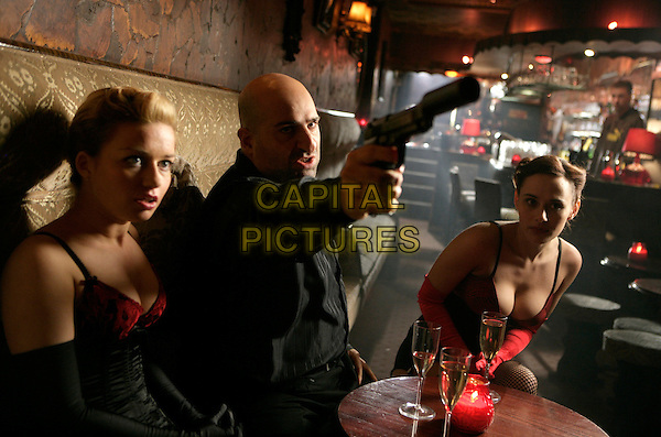 Omid Djalili<br /> in Dead Man Running (2009) <br /> *Filmstill - Editorial Use Only*<br /> CAP/NFS<br /> Image supplied by Capital Pictures