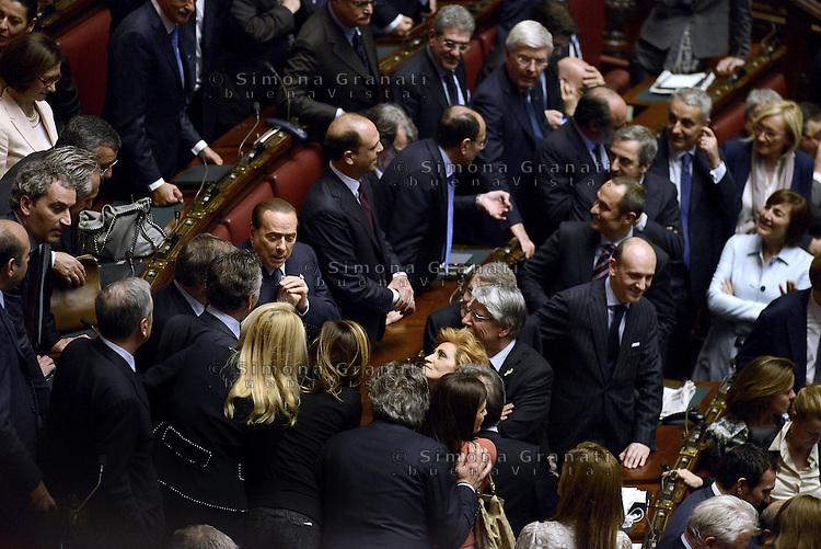 Roma, 20 Aprile 2013.Camera dei Deputati.Votazione del Presidente della Repubblica a camere riunite..Silvio Berlusconi negli scranni del PDL attorniato da Deputati e Senatori