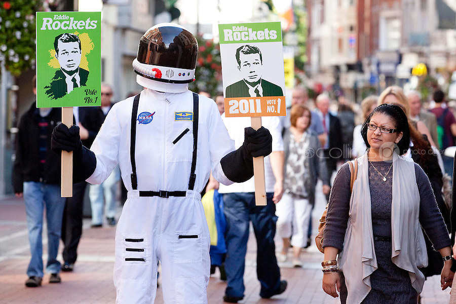 NO REPRO FEE.27/9/2011. EDDIE ROCKET FOR PRESIDENT.Pictured on Grafton Street Dublin Eddie Rocket, one of Ireland's leading restaurateurs, has thrown his helmet into the Presidential race.Eddie, who runs a group of 41 City Diners employing over 1,000 people around Ireland and abroad, believes he is the man for the Aras.Get the full lowdown on Eddie's campaign on www.eddierockets.ie/eddieforpresident Picture James Horan/Collins Photos