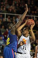 Jawai vs Hamilton. FC Barcelona Regal vs Uxue Bilbao Basket