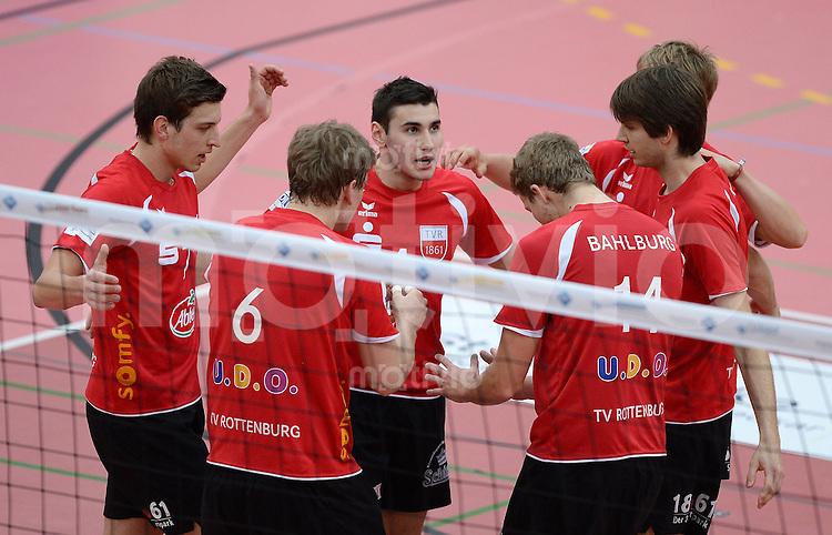 Volleyball 1. Bundesliga  Saison  2013/2014   Pre Play Offs TV Rottenburg - VC Dresden         16.03.2014 JUBEL TV Rottenburg; Sven Metzger, Dirk Mehlberg, Federico Cipollone, Rene Bahlburg und Felix Isaak (v.li.)