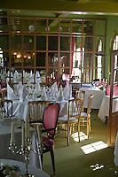 """Europe/France/Normandie/Haute-Normandie/76/Seine-Maritime/ Etretat: Salle de restaurant de l'Hôtel-restaurant  Domaine Saint Clair """"Le Donjon"""""""