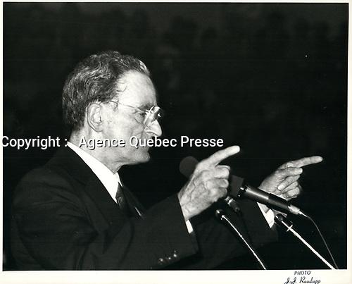 Le chef du PLQ Claude Ryan, en avril 1981 (date exacte inconnue)<br /> <br /> <br /> PHOTO :  Agence Quebec Presse