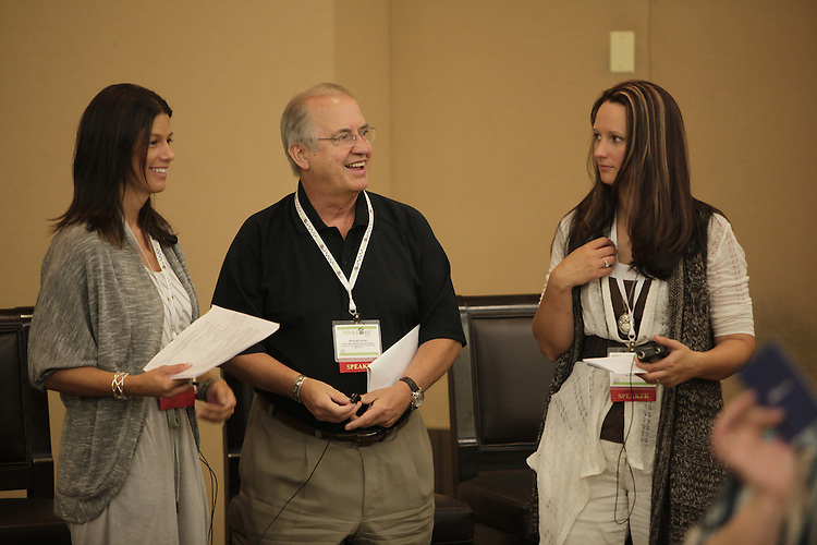 VIENNA, VA - August 25:  BlogPaws 2011 Conference at Sheraton Premiere Hotel.  The ACSE Workshop (Animal Center Education Services) with speakers Mike Arms, Krissie Newman and Angela Morris and reception after. (Photo by Susan Biddle)