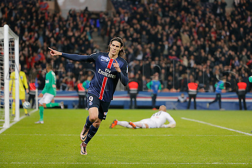 16.12.2015. Paris, France. French League Cup football. Paris St Germain versus St Etienne.  Edinson Roberto Paulo Cavani Gomez (psg) celebrates his goal