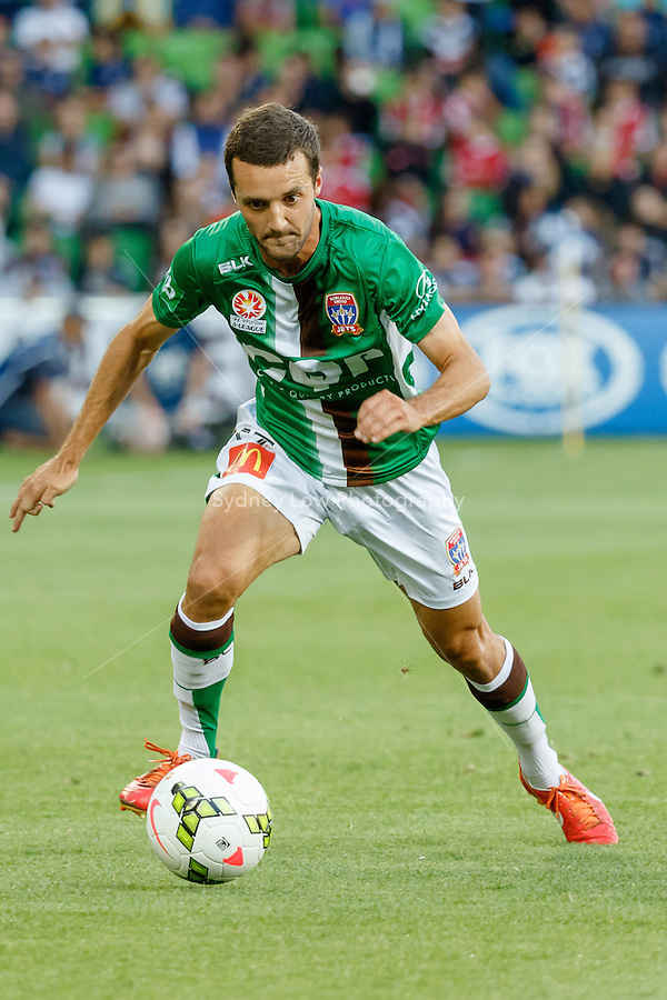 James VIRGILI (17) of the Jets controls the ball in round 12 A-League match between Melbourne Victory and Newcastle Jets at AAMI Park in Melbourne, Australia during the 2014/2015 Australian A-League season. Melbourne def Newcastle 1-0
