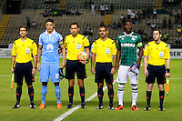 PALMIRA -COLOMBIA-14-04-2016. German Mera (segndo desde Der) capitan del Deportivo Cali (COL) y Nelson Cabrera (segundo desde Izq) capitan de Bolívar (BOL) posan con los arbitros durante los actos protocolarios previo al partido por la fecha 5, G3, de la Copa Bridgestone Libertadores 2016 jugado en el estadio Palmaseca de la ciudad de Palmira./ German Mera (second from R) captain of Deportivo Cali (COL) and Nelson Cabrera (second from L) captain of Bolivar (BOL) pose to a photo with the referees during the formal event sprior the match for the date 5, G3, of the Copa Bridgestone Libertadores 2016 played at Palmaseca stadium in Palmira city.  Photo: VizzorImage/ NR /Cont