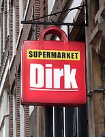 Nederland - Amsterdam 2018. Dirk Supermarkt in de Warmoesstraat. Foto Berlinda van Dam / Hollandse Hoogte