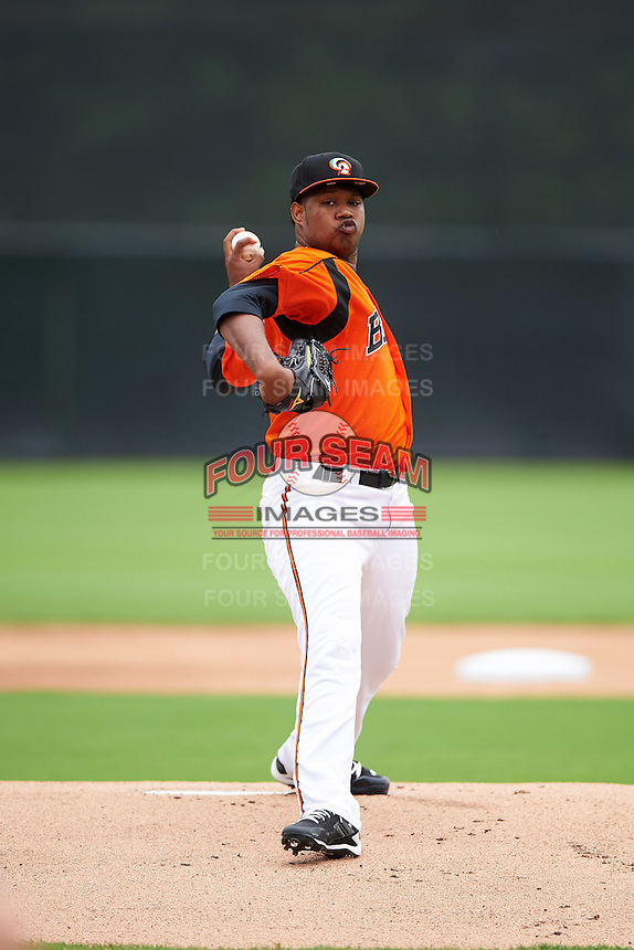 Bowie Baysox starting pitcher Jayson Aquino (21) during the first game of a doubleheader against the Akron RubberDucks on June 5, 2016 at Prince George's Stadium in Bowie, Maryland.  Bowie defeated Akron 6-0.  (Mike Janes/Four Seam Images)