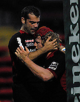 Watford, GREAT BRITAIN, Saracens, Hugh VYVYAN congratulated by Fabio ONGARO after  touching down [First Half] during the Pool 4 Rd 5  Heineken Cup game Saracens vs Biarittz at Vicarage Road, Hert's  12/01/2008  [Photo, Peter Spurrier/Intersport-images]