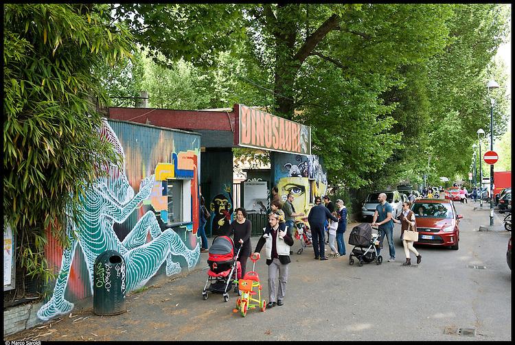 CIRCOSCRIZIONE 7 - Davanti all'ex zoo di corso Casale.