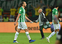 MEDELLIN - COLOMBIA, 19-05-2019: Hernan Barcos de Nacional luce decepcionado después del partido entre Atlético Nacional y Deportivo Cali por la fecha 3, cuadrangulares semifinales, de la Liga Águila I 2019 jugado en el estadio Atanasio Girardot de la ciudad de Medellín. / Hernan Barcos player of Atletico Nacional looks disappointed after match between Atletico Nacional and Deportivo Cali for the date 3, semifinal quadrangulars, of the Liga Aguila I 2019 played at the Atanasio Girardot Stadium in Medellin city. Photo: VizzorImage / Leon Monsalve / Cont